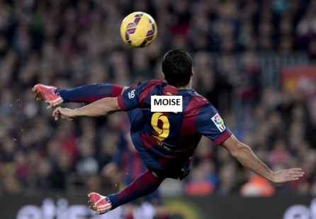 Barcelona's Uruguayan forward Luis Suarez scores during the Spanish league football match FC Barcelona vs Levante UD at the Camp Nou stadium in Barcelona on February 15, 2015. AFP PHOTO/ JOSEP LAGO