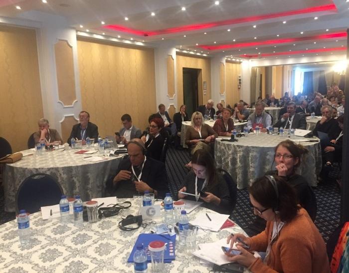 O parte din cei 90 de delegati ai AG EFJ
